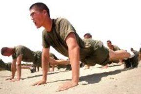 Entrenamiento militar o Boot Camp Fitness