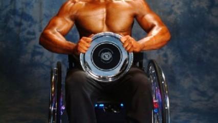 Nick Scott, culturista sobre ruedas