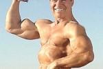 Campeones culturistas, Larry Scott 15