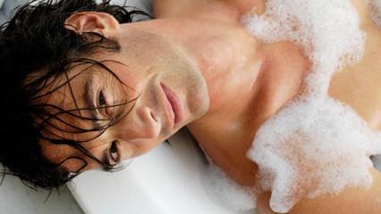 Las virtudes de los baños de agua caliente