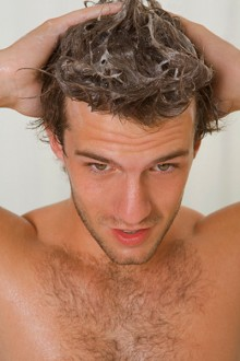 Lavar el cabello sin dañarlo 1