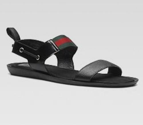 6658c00d4 Gucci y sus modelos de sandalias para el verano 2010 - Punto Fape