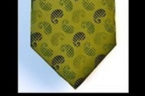 Increíble: Una corbata que se convierte en almohada