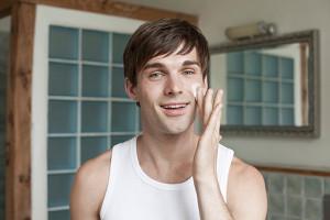 Cuidados cosméticos para hombres Skeen Plus 1