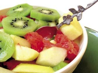 Receta saludable: Ensalada de moras, kiwi y mango 1