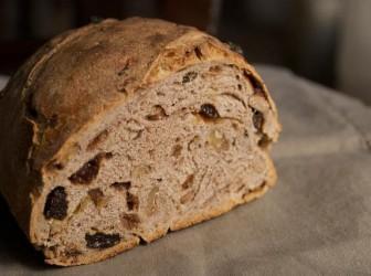 Cómo preparar un pudín de pan integral 1