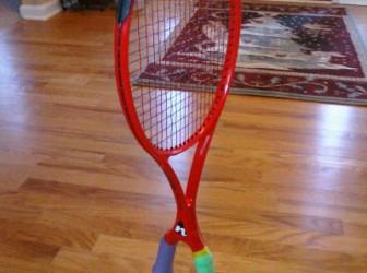 ¿Una raqueta con dos empuñadura? 1