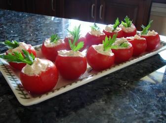 Calabacín y tomates rellenos para la circulación 1