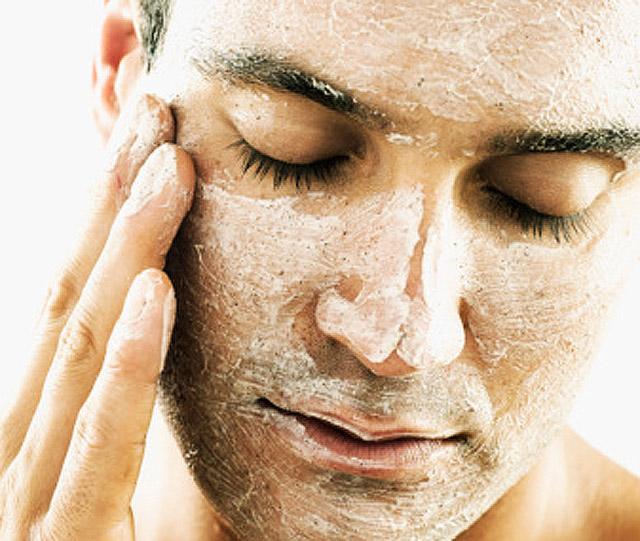 El peeling facial de los hombres