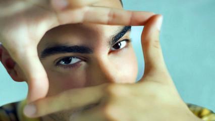 Contorno de ojos 66º30