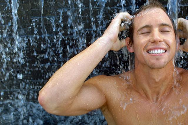 Cuidados corporales Clarins Men para la hidratación corporal