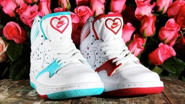 Nike lanza zapatilla para San Valentín