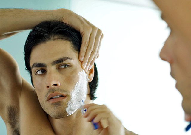 Belleza masculina, afeitado impecable