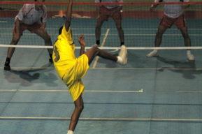 Vóleibol, fútbol y kung fu