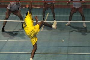 Vóleibol, fútbol y kung fu 1