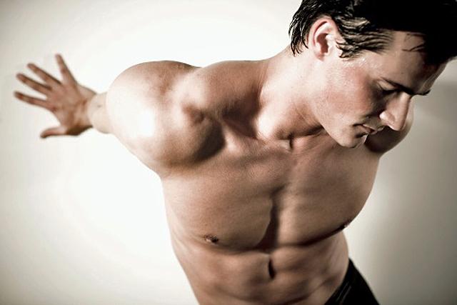 modelo musculado