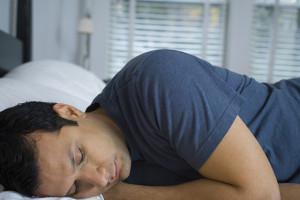 hombre durmiendo