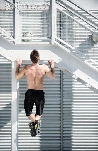 Ensanchar la espalda: ejercicios básicos para el dorsal