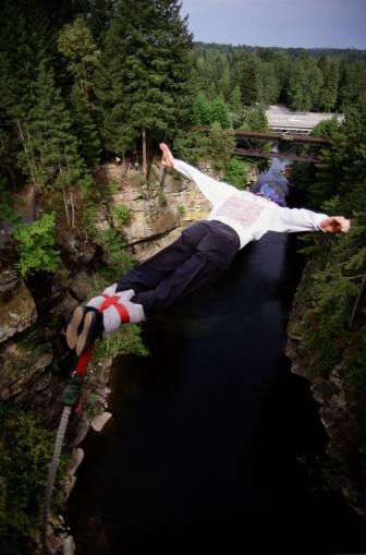 Ideas para San Valentín: bungy jumping