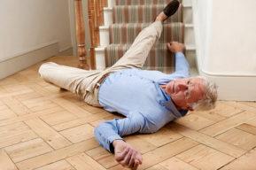 Prevenir las caídas a partir de una edad