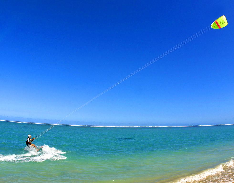 Flysurf, combina surf y parapente