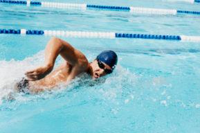 Elementos principales para ir a la piscina