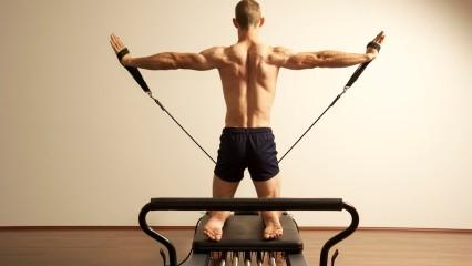 Pilates corrige los movimientos culpables del dolor de espalda
