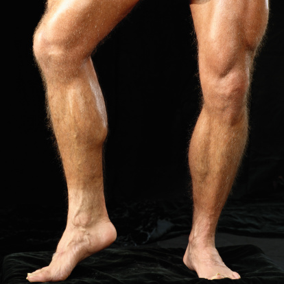 tener piernas de futbolista