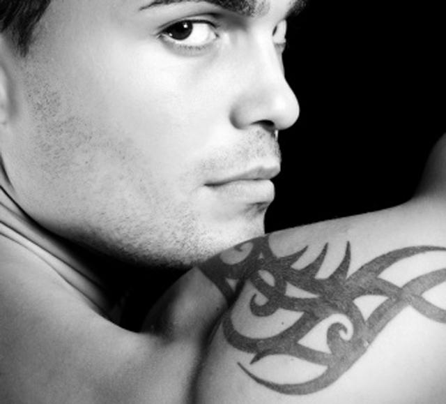 En verano, el tatuaje temporal