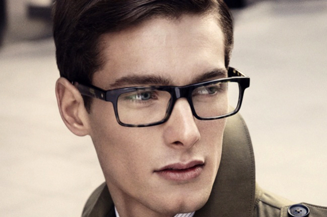 Gafas Hardy Amies, la elegancia a la inglesa