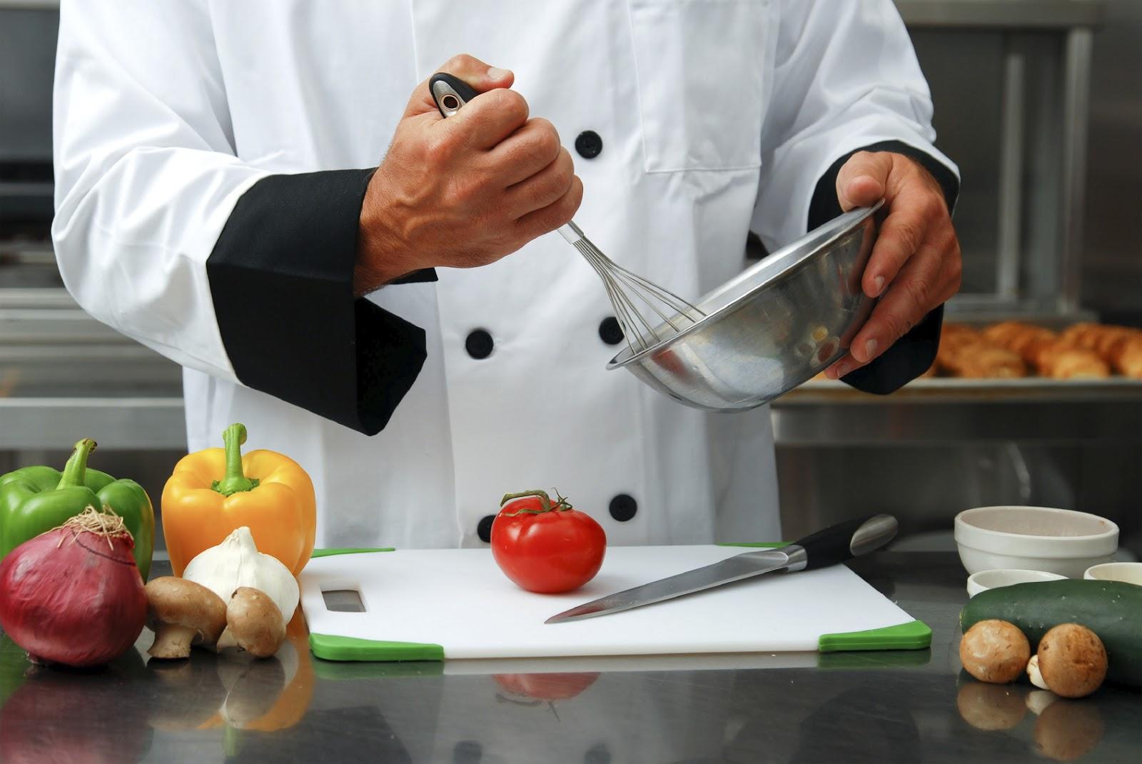 Consejos para preparar una cena en casa para tus amigos