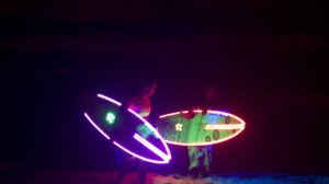 Nuevas tablas de de surf con leds para la noche