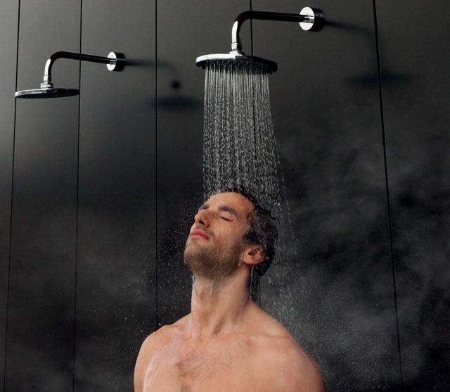 Tomando una ducha - 4 9