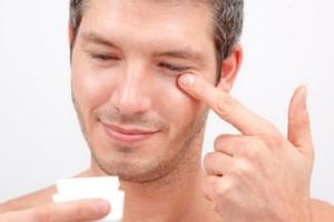 Cuidados cosméticos básicos para cuidar de ti