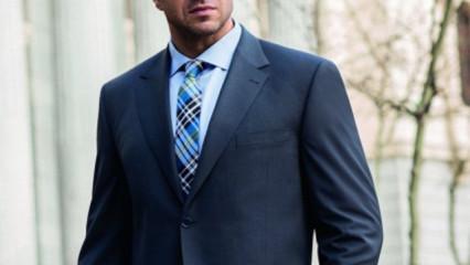 Hombre de corbata y chaqueta