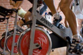 Spinning y los ejercicios rítmicos de pedaleo
