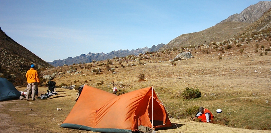 Campamento en la montaña y seguridad 1