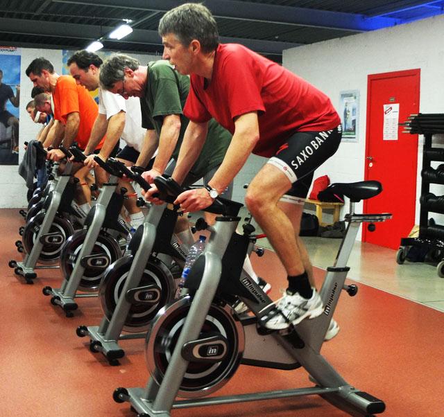 Spinning el gran aliado anti grasas for Clases de spinning