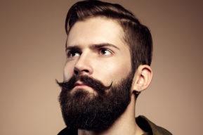 ¿Cómo llevar un bonito bigote?