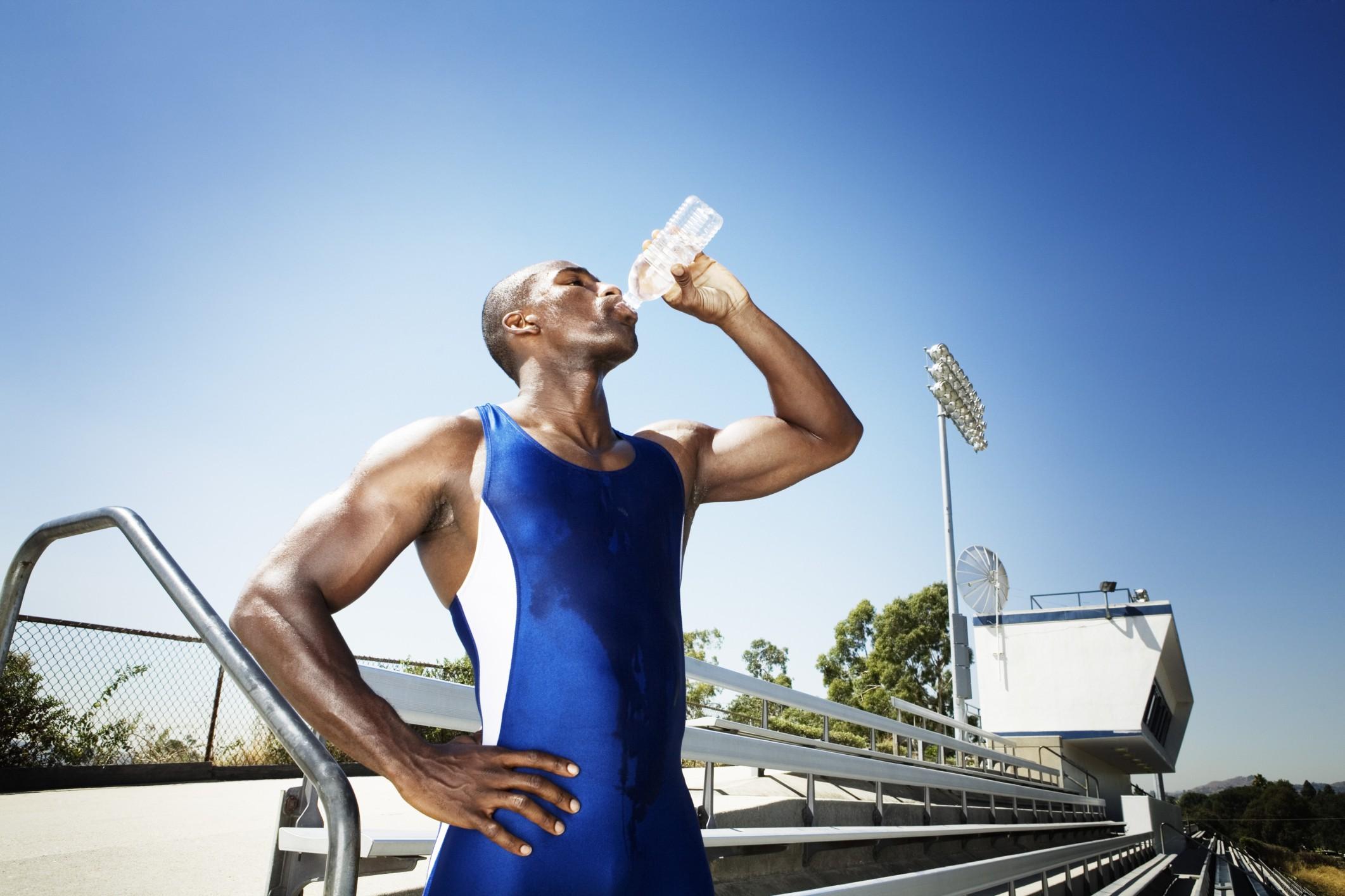 Qué es la hiponatremia, cómo afecta a los deportistas y cómo prevenirla 1