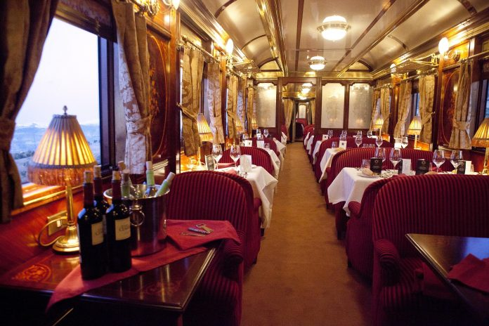 El encanto de los trenes que recorren España 1