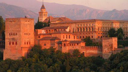 Granada, un destino turístico privilegiado de cara al verano