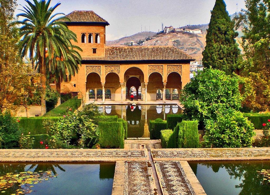 Granada, un destino turístico privilegiado de cara al verano 2