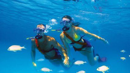 Snuba diving, una combinación de submarinismo y snorkel