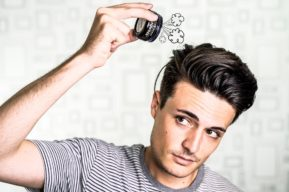 Productos fortificantes para el cuidado del cabello masculino