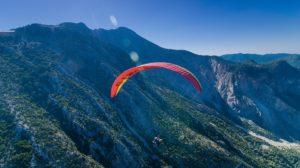 Conoce la isla más icónica de las Canarias con deportes de aventuras