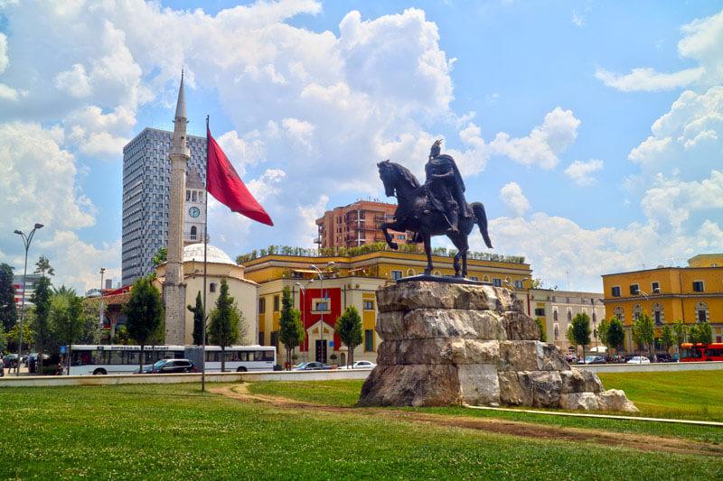 8 cosas que ver en Tirana la capital de Albania 1