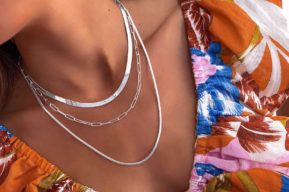 Las cadenas de plata más top del verano
